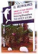 delfin blanco welcome sign